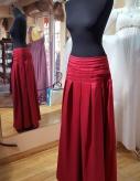 červená sukňa, č.42